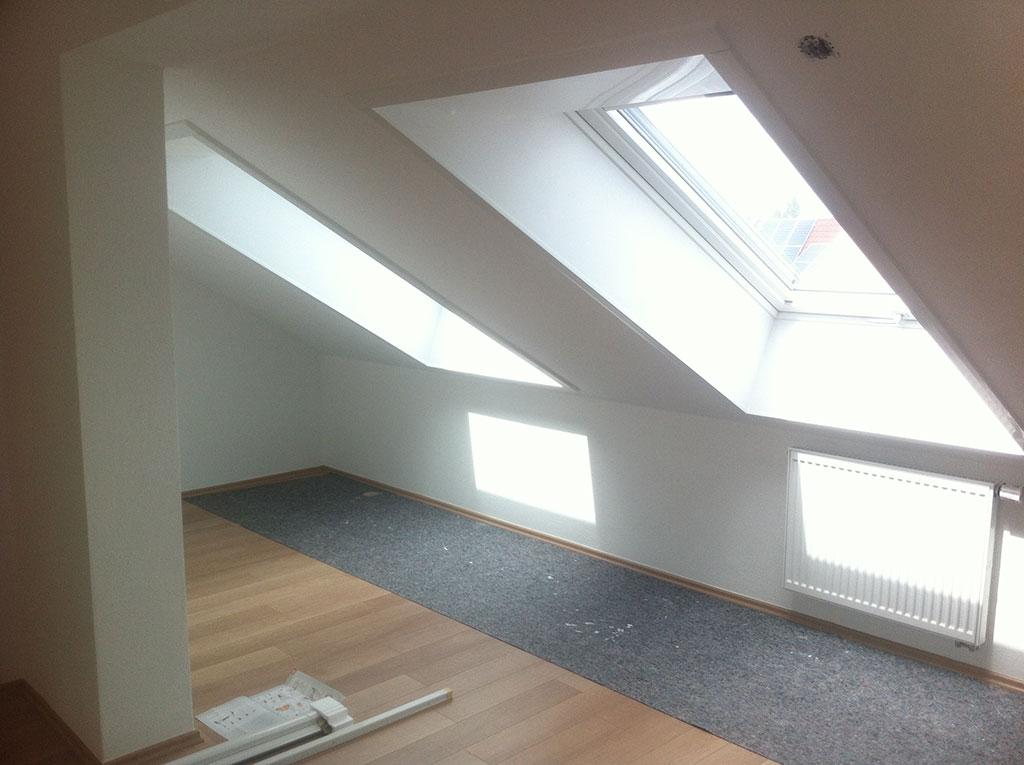 Bekannt Dachfenster Einbau - Austausch Dachfenster - Rest Bedachungen GmbH BX04
