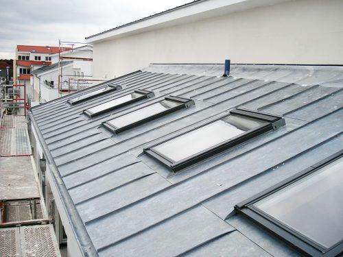 dachfenster einbau austausch dachfenster rest. Black Bedroom Furniture Sets. Home Design Ideas